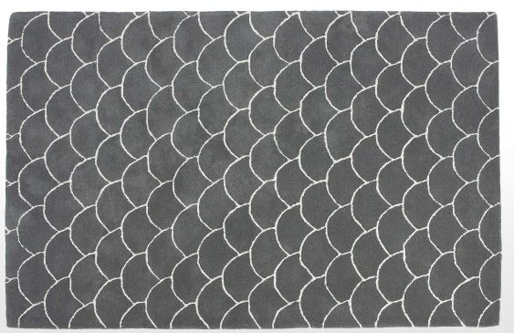 fish scale rug  -MADE