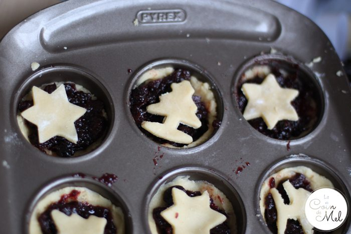 Pyrex Asimetria - 12 cup muffin tray - mince pies
