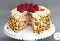 White Chocolate, Vanilla and Raspberry Layer Cake