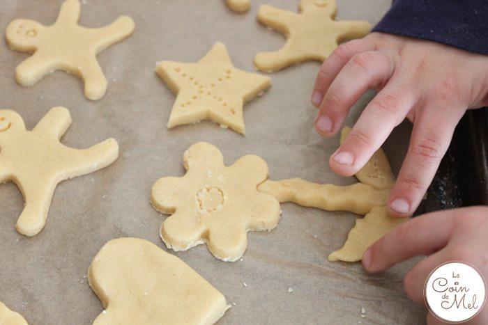 Baking with Kids - Quick & Easy Ginger & Honey Biscuits - Biscuit Sculptures