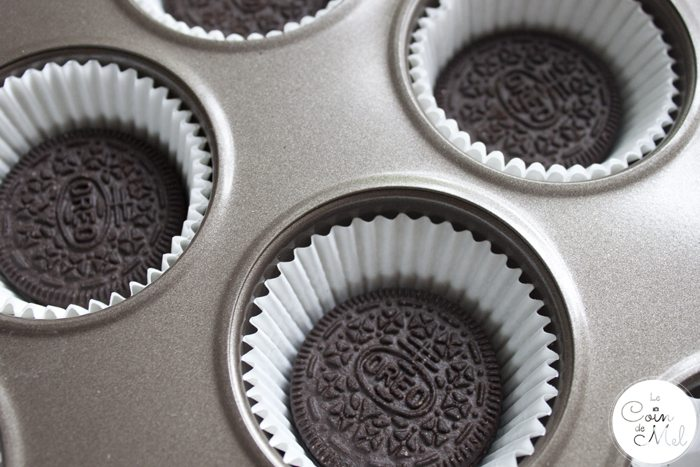 Oreo Peanut Butter Cupcakes - with an Oreo in the Bottom!