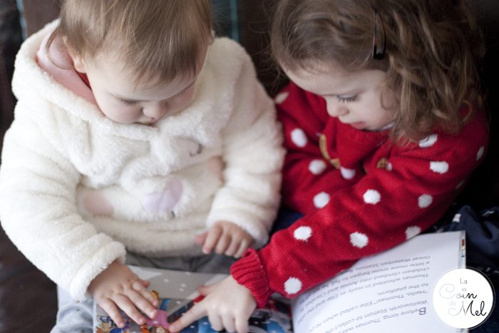 Jumpy and Wriggly reading together