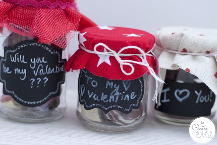 10 Minute Crafts - Quick Valentine's Day Present for Children to Put Together - Chocolate Jars