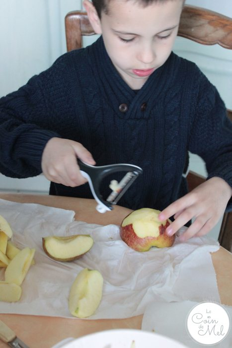 #HealthilyEverAfter with Disney - Rémi prepping food #ad