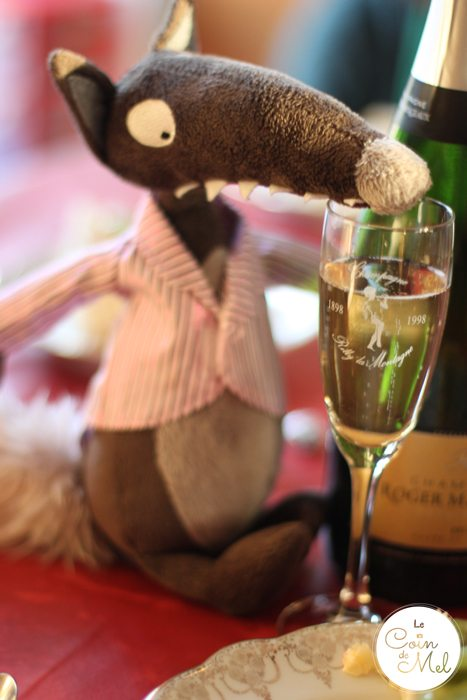 Le Loup Celebrates with Champagne