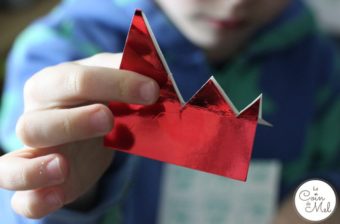Paper Cup Dragon - 10 Minute Crafts - Spikes