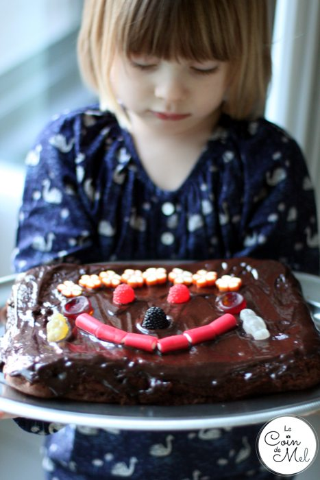 The Great Comic Relief Bake Off – Beanie bringing the Funny Cake to the Table