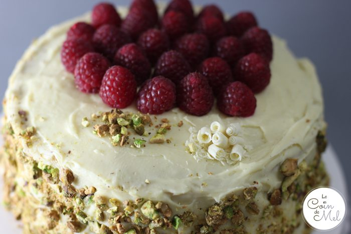 White Chocolate, Vanilla and Raspberry Layer Cake - Victoria Sponge Revisite