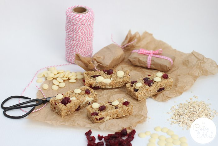 White Chocolate, Cranberry and Honey Cereal Bars