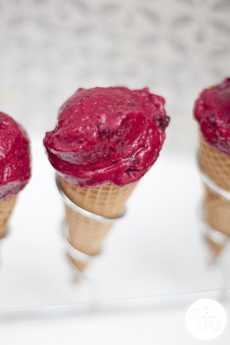 If you think it's a chore to make your own ice cream, have a look at these homemade ice cream recipes: no ice cream machine, fastidious churning or faff! Healthy Raspberry Ice Cream in 5 Minutes - Served in Ice cream Cones