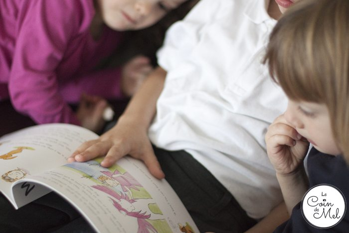 Crevette reading Mikka's Imagination to his sisters