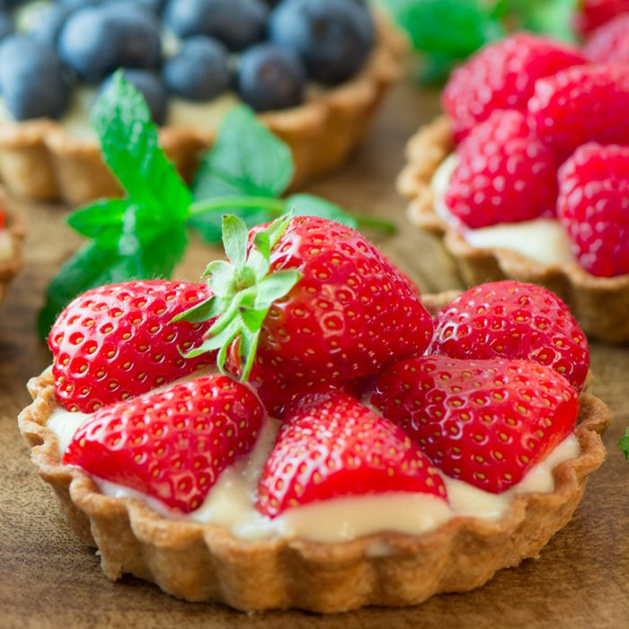 Strawberry-and-Custard-Tarts-1