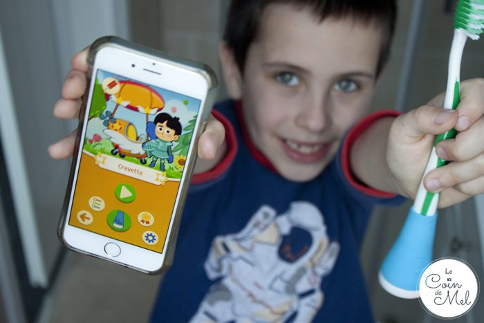 A Review of the Playbrush Toothbrush Game Controller - Unboxing and Demo - Crevette Loves Playbrush