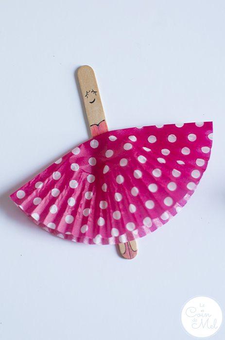 10 Minute Crafts- Ballerina Cards-cupcake-case-tutu