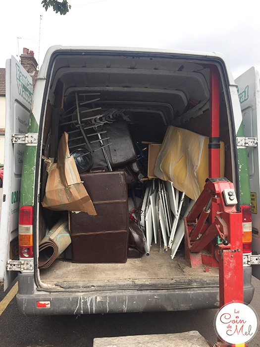Getting rid of large items like tables, sofas or rusty bikes can be a real pain. Fantastic Services offer efficient waste disposal services. Check them out!