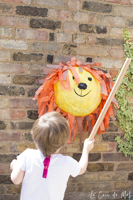 Wriggly asked for a lion birthday party this year. We got Dear Zoo goodies, my friend Aimee baked an allergy-friendly cake and we made a piñata.