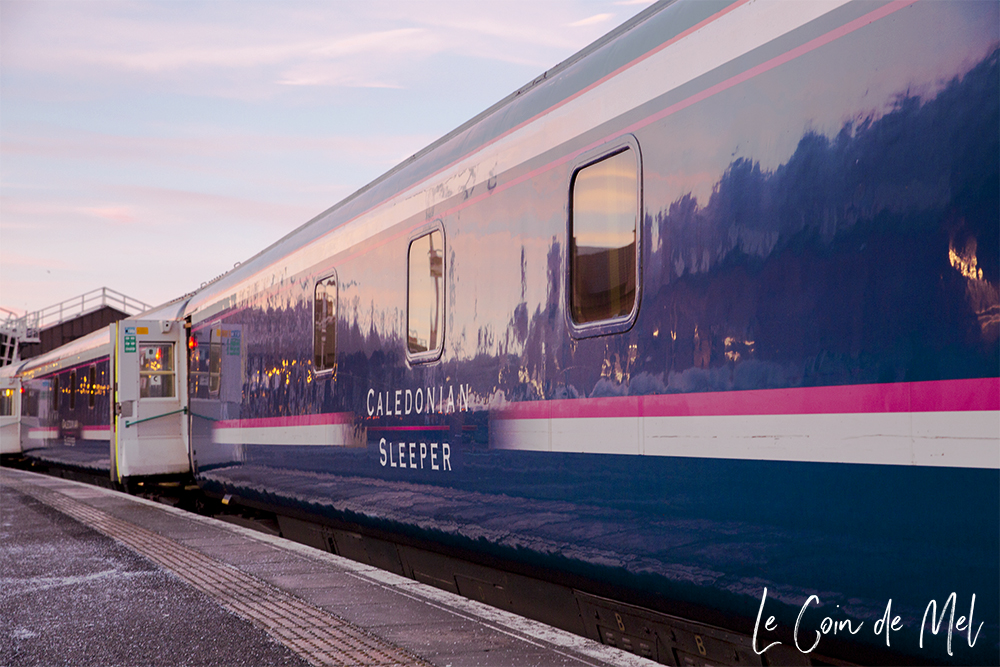 Ever wondered what it's like to travel on the Caledonian Sleeper between London and Inverness? Look no further and check my little review!