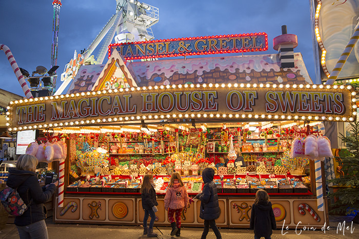 We spend last Sunday at Hyde Park Winter Wonderland and were amazed by the amount on offer: shows, roller coaster, quirky gifts, food, entertainment... wow!