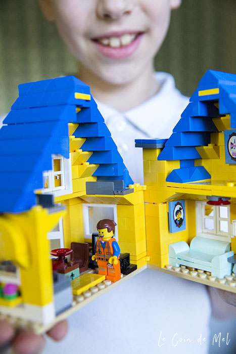 Fancy a LEGO bedroom, anyone? Check our 10 steps for turning any room into a LEGO bedroom, with lots of practical tips and ideas.