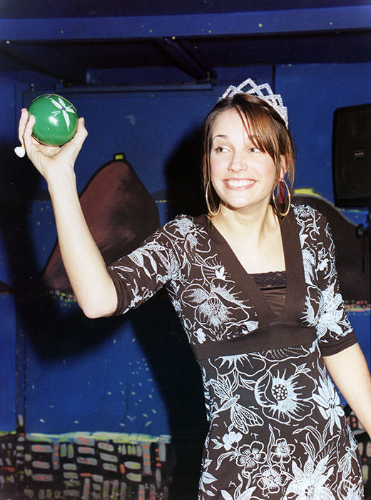 Check my reasons why 40 is the new 30. Who said everything had to go downhill once you hit 40? Could forty really be the new thirty? This is me at 26 years old, having fun during my hen do in Paris.